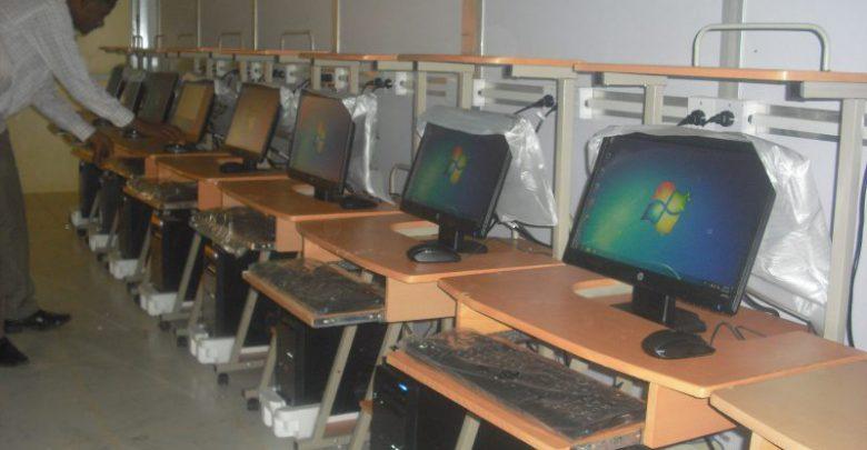 Photo of إعلان مهم لجميع الطلاب بكلية علوم الحاسوب وتقانة المعلومات