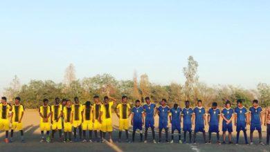 صورة إنطلاق دوري الكليات لكرة القدم باسم شهيدي الجامعة.